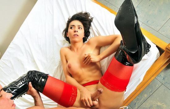 TransexHD - Emanuelle Adams - Travesti Emanuelle Adams Sendo Fodida (27 Jun 2014) (HD/720p/307 MB)
