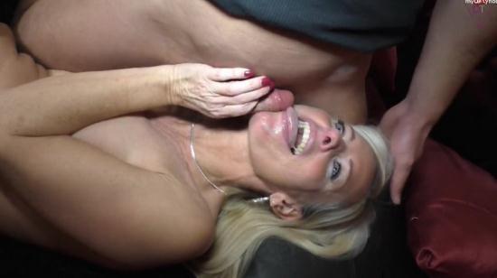 MyDirtyHobby - Dirty-Tina / nassetina6 - Private Film  und Sexparty I 2 Fotzen fur 3 Schwanze (HD/720p/149 MB)