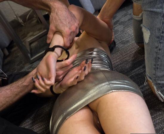 OperationEscort/FetishNetwork - Sadie Blake - 22yr Mid West Girl Busted Escorting in Los Angeles (FullHD/1080p/1.68 GB)