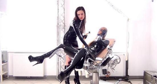 NastyRubberGirls - Unknown - video 0087 (HD/720p/676 MB)