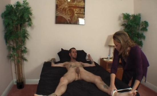Taboo-Fantasy/Clips4sale - Kendra - Guess Who Kendra (SD/480p/93.9 MB)