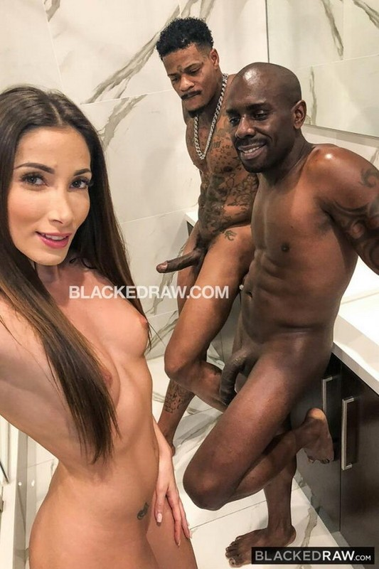 BlackedRaw - Clea Gaultier - French Girl Double BBC (SD/480p/330 MB)