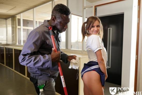 PornoAcademie/PornDoePremium - Mina Sauvage - French schoolgirl Mina Sauvage ass fucked and DPd in raunchy MMF threesome (FullHD/1080p/2.86 GB)
