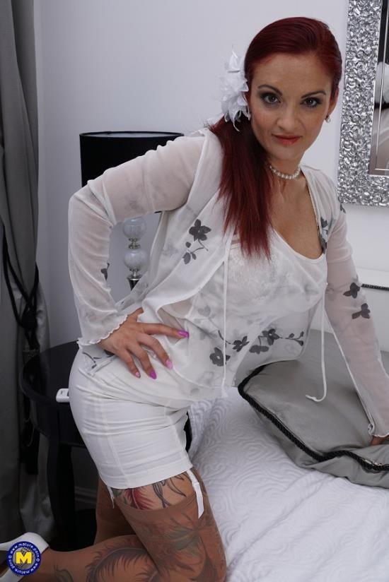 Mature.nl/Mature.eu - Rosella (38) - Hot MILF doing her toyboy (FullHD/1080p/1.37 GB)