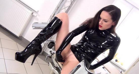 NastyRubberGirls - Unknown - video 0059 (HD/720p/1.00 GB)