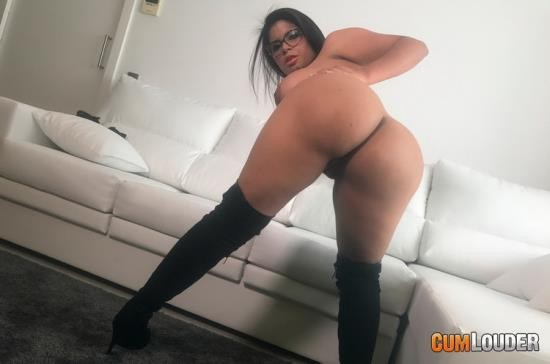 POV/CumLouder - Kesha Ortega, Sheila Ortega - Will you munch on my arepa? (SD/540p/435 MB)