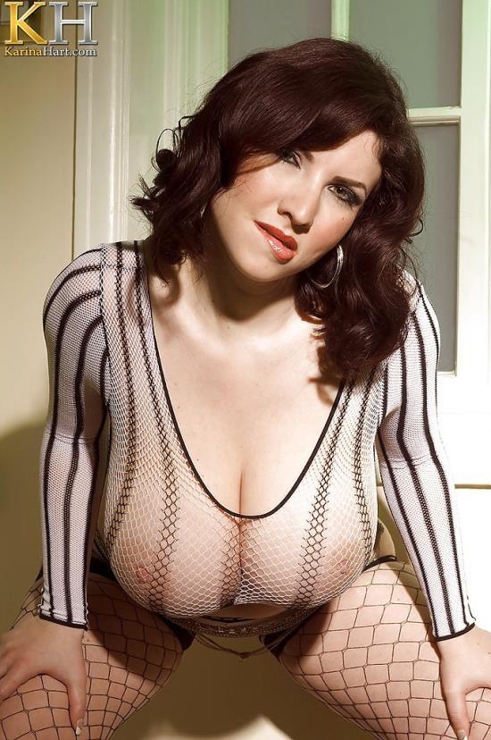 KarinaHart - Karina Hart - Earning Her Stripes (HD/720p/281 MB)