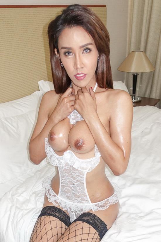 LadyboyGold - Milk - Slutwear Milking Cumshot on Ass (HD/720p/884 MB)