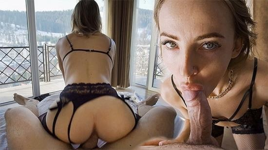 Porn - LittleBerryy - Fitness Model in Black Lingerie Gets Fucked in a Room with a Mountain View (FullHD/1080p/605 MB)