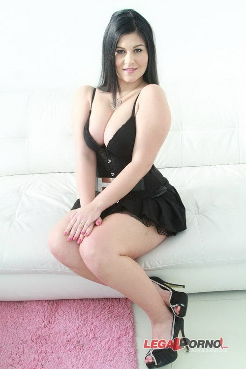 LegalPorno - Jackie - Big butt slut Jackie first time airtight DP (PAWG anal) SZ1175 (HD/720p/1.42 GB)