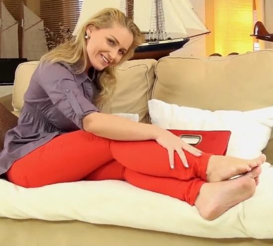 KathiaNobiliGirls/Clips4Sale - Kathia Nobili - Your cum belongs only to your mommy and her feet!!! (FullHD/1080p/785 MB)