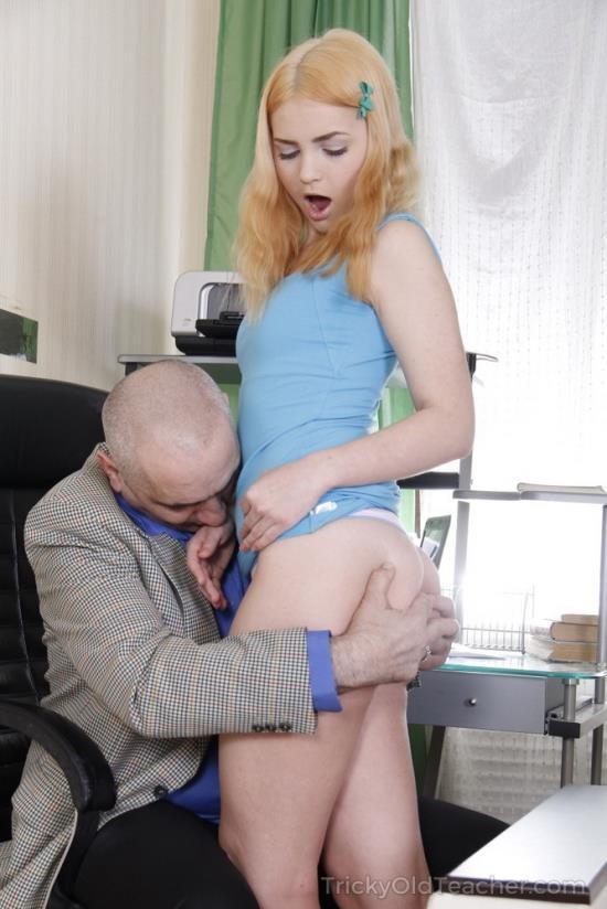 TrickyOldTeacher - Lolly Small - Old computer teacher gives student a helping dick (FullHD/1080p/839 MB)