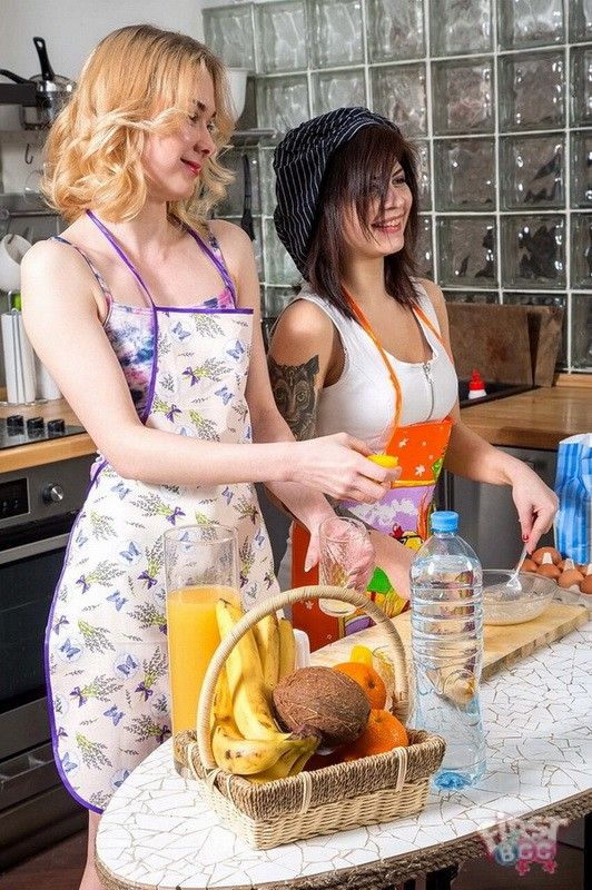 FirstBGG/TeenMegaWorld - Via Lasciva, Rebecca Rainbow - Chefs fuck over meal (FullHD/1080p/1.72 GB)