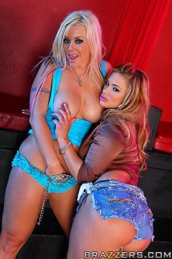 BigWetButts/Brazzers - Brittney Skye and Shyla Stylez - Free Ass Ride (FullHD/1080p/2.68 GB)