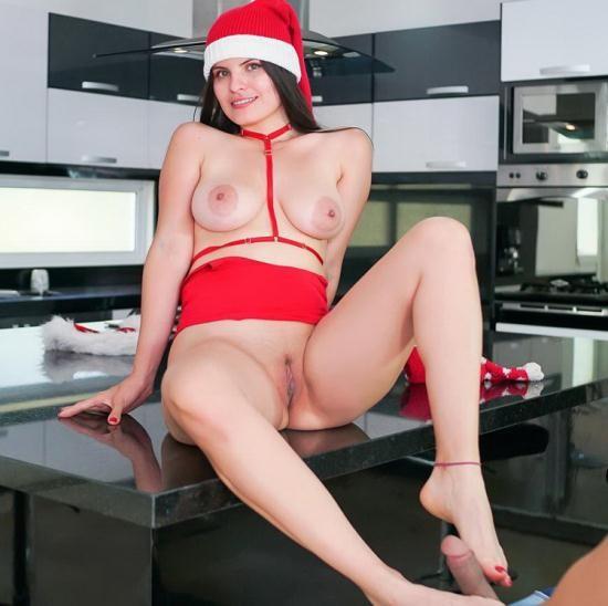 VRLatina - Tatiana Morales - Elf On Myself (HD/980p/3.60 GB)