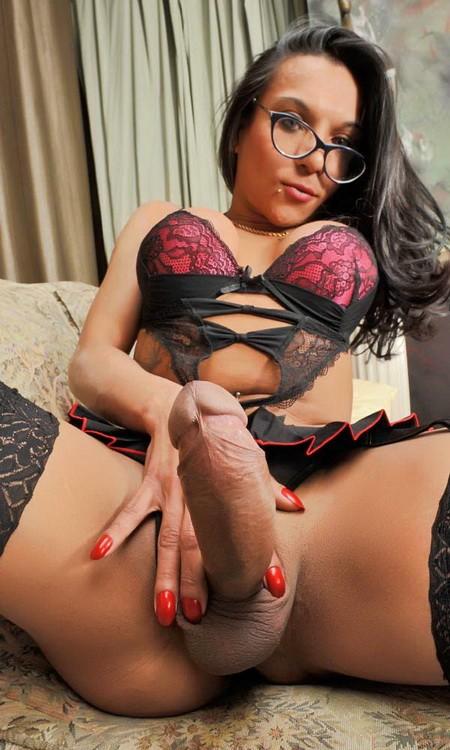 PinkoTGirls - Lorena Xtravaganza - Lorena, a severe teacher (FullHD/1080p/1.26 GB)