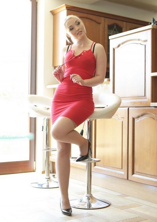 BangGlamkore/Bang - Lovita Fate - Beautiful Blonde Lovita Gets The Cock She Desires (HD/720p/663 MB)
