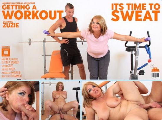 Mature.nl/Mature.eu - Zuzie (45) - This curvy MILF gets a special workout from her toy boy instructor (FullHD/1080p/1.30 GB)