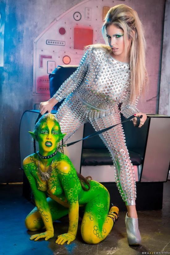 BrazzersExxtra/Brazzers - Eva Parcker, Tiffany Doll - Fuck Me Earthling (FullHD/1080p/2.53 GB)