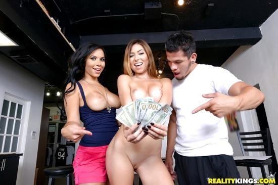 MoneyTalks/RealityKings - Melissa Moore, Nicole Bexley - Work of art (FullHD/1080p/2.05 GB)