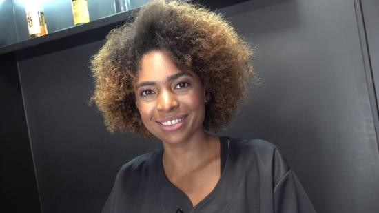 CzechStreets / CzechAV - Luna Corazon - Black sexy hairdresser (FullHD/1080p/603 MB)