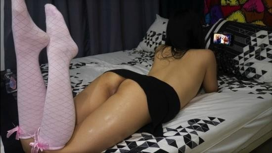 Porn - Maria Clara - Japanese Girl Caught On Camera Watching Hentai While Masturbating (FullHD/1080p/373 MB)