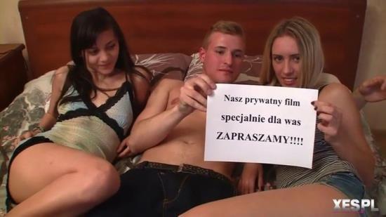 Xes.pl - Sara, Martyna - Sara Martyna i ich kolega (HD/720p/771 MB)