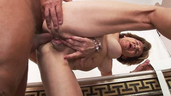 GrannyGuide - Unknown - 79 years old mom anal with stepson (UltraHD 4K/2160p/671 MB)