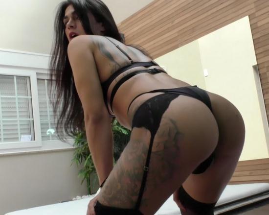 StaXXX/TrannyCandy - TS Luana Alves - TS Luana Alves works her hard cock until she cums (FullHD/1080p/941 MB)