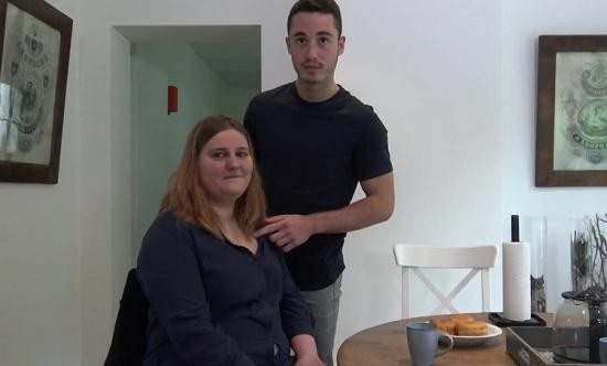 JacquieEtMichelTV/Indecentes-Voisines - Manon - Manon, 21 Years Old, Childcare Assistant (HD/720p/799 MB)