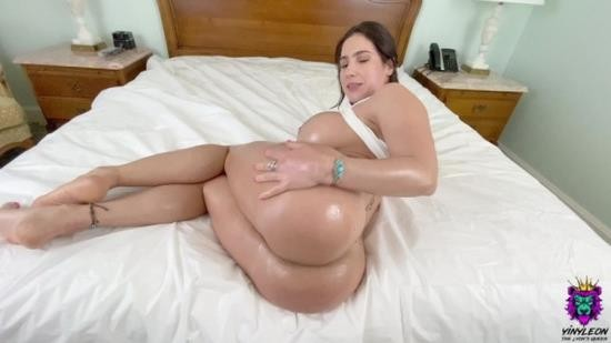 OnlyFans - Yinyleon - Big Ass Amateur Babe gets her Ass Destroyed and Creampied (FullHD/1080p/1.48 GB)