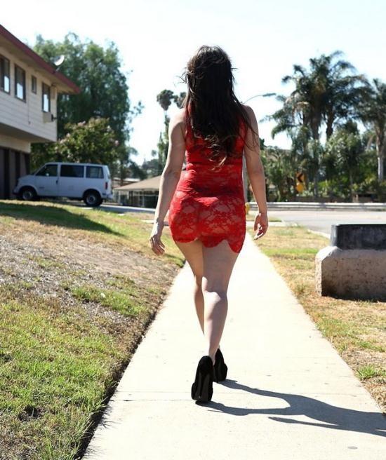 PornFidelity - Alexis Rodriguez - Walk The Streets 2 (FullHD/1080p/2.99 GB)