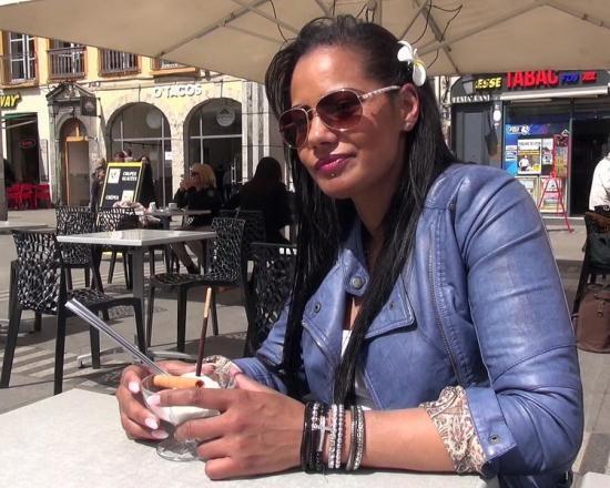 JacquieEtMichelTV/Indecentes-Voisines - Clelie - Experiences folles au Sun (FullHD/1080p/1.19 GB)