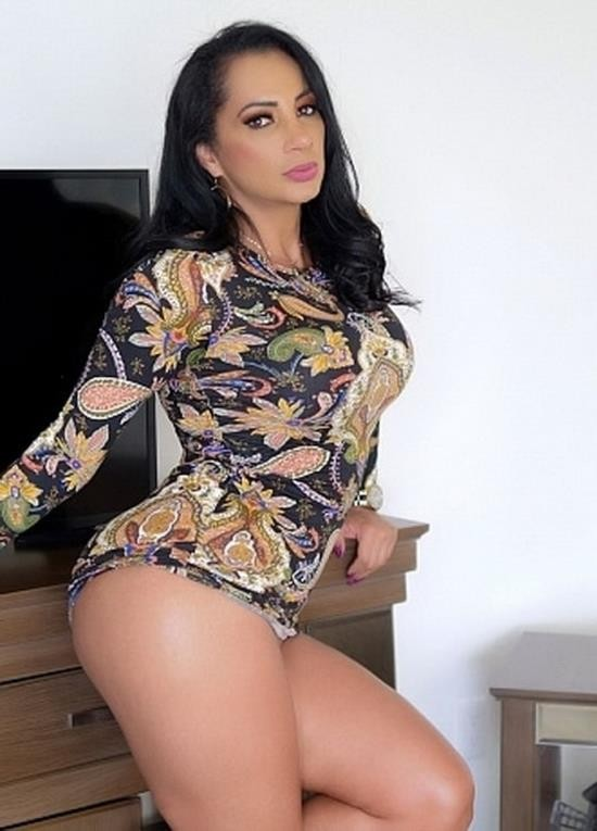 SexMex.xxx - Gali Diva - Madre Caliente (FullHD/1080p/1.26 GB)