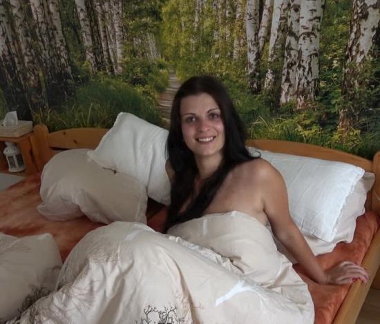 CzechWifeSwap/CzechAV - Amateurs - Czech Wife Swap 9 - Part 4 (FullHD/1080p/1.28 GB)