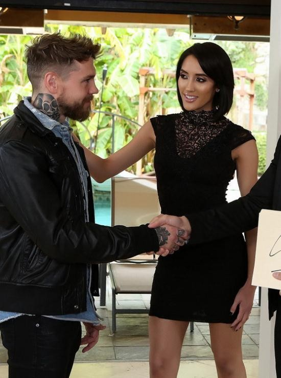 Fuckingawesome - Chloe Amour - The Fighter (FullHD/1080p/656 MB)