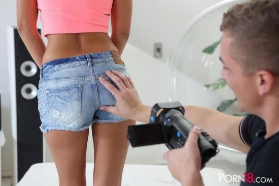 Porn18 - Kari K. - Interview Me Mister! (HD/720p/1.41 GB)