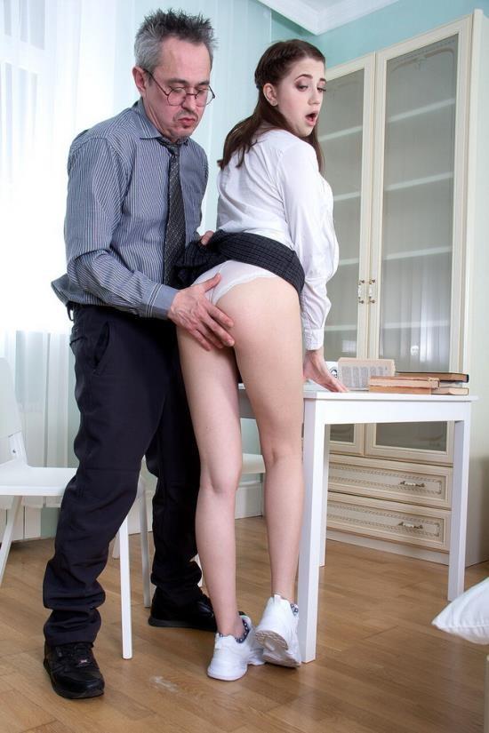 TrickyOldTeacher - Sweet Hole aka Alita Angel - Cutie Blows Teachers Dick To Get Free Classes (FullHD/1080p/1.90 GB)