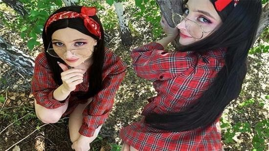 OnlyFans - Anny Walker - A WALK THROUGH THE WOODS ENDED WITH A FACIAL CUM (FullHD/1080p/1.31 GB)