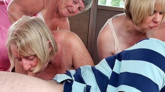 GILFAdventures - Unknown - Older mature Grandma foursome with a one man (UltraHD 4K/2160p/391 MB)