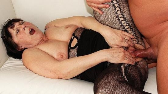 GrannyGuide - Unknown - Ugly 68 years old mom rough fucked (UltraHD 4K/2160p/1.03 GB)