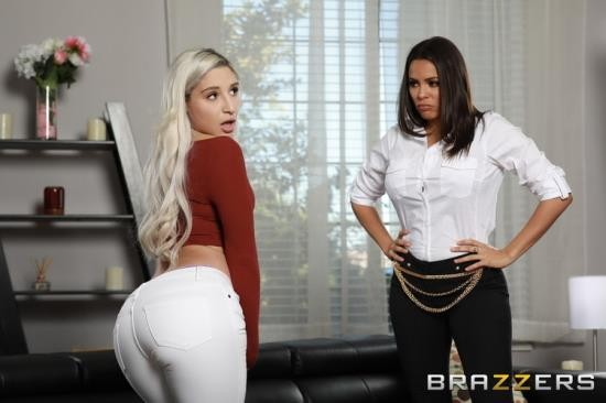 HotAndMean/Brazzers - Abella Danger, Luna Star - Face Sitting On The Sneaky Sitter (FullHD/1080p/1.42 GB)