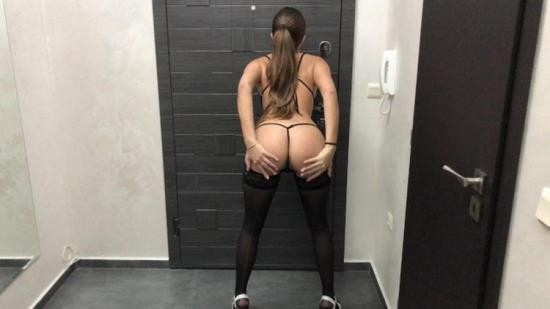 OnlyFans - ArrestMe - Vip escort deserves thick dick and good money (UltraHD 4K/2160p/1.74 GB)