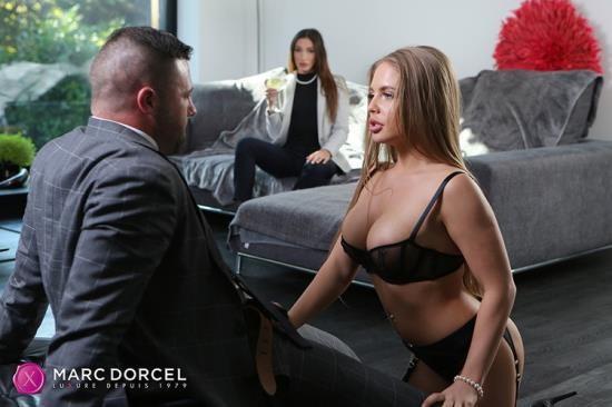 DorcelClub - Alessandra Jane, Clea Gaultier - Clea Gaultier Private Banker (FullHD/1080p/534 MB)