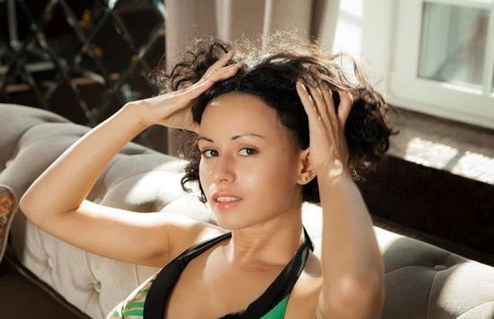LibertineVR - Lubachka - Cleaning Stacy Lady (UltraHD 2K/2048p/2.96 GB)