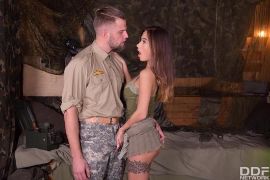 HandsOnHardcore/DDFNetwork - Liya Silver - Army Babe Fucked By Sergeant (FullHD/1080p/1.46 GB)