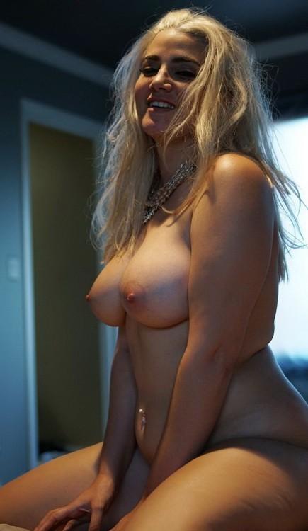 PornFidelity - Alix Lovell - Bad Neighbor 3 (HD/720p/1.84 GB)