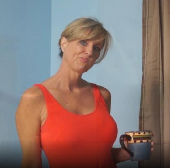 JodiWest - Jodi West - Could I Be A MILF (FullHD/1080p/664 MB)