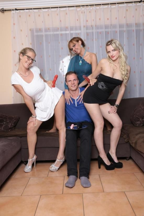 ReifeSwinger/PornDoePremium - Antje K., Jana L., Mika Olsson - German Sluts Penetrated With Dildos In Hardcore Foursome (FullHD/1080p/2.49 GB)