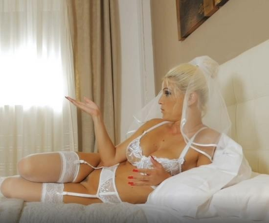 UNCHAINEDPERVERSIONS/Clips4Sale - Unknown - ROBO WIFE VIRGNAL ANAL SEX (FullHD/1080p/1.04 GB)